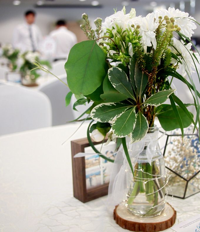 A Rustic Botanical Wedding at Hort Park by Manna Pot Catering - 003