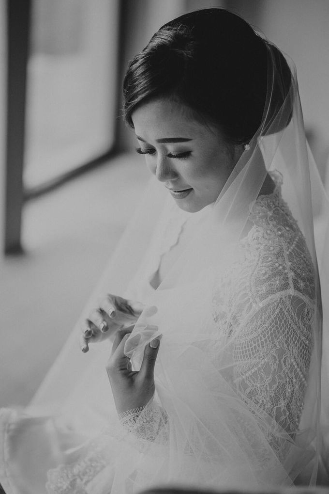 THE WEDDING OF ANDRES & REGINA - Morning Bridal Beauty Shoots by Meliana Make Up Artist - 005