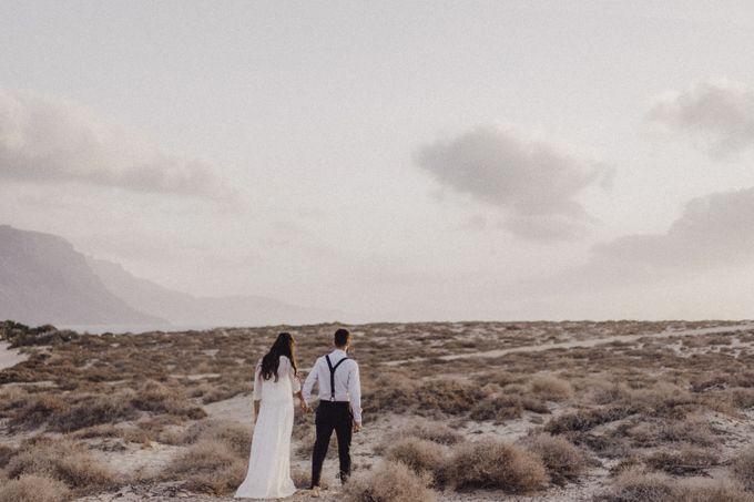 Miriam and Eduardo in La Graciosa by Erik Winter - 016