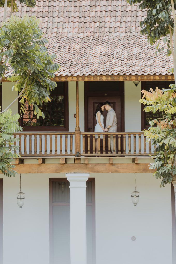Erika & Steven Prewedding at Gedung Arsip Nasional by AKSA Creative - 030