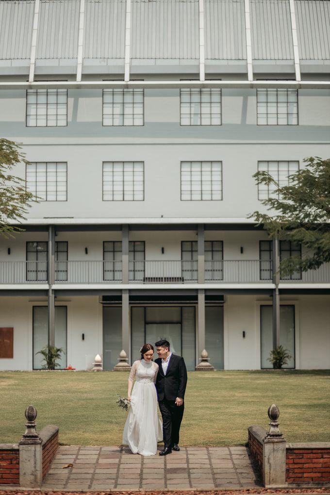 Erika & Steven Prewedding at Gedung Arsip Nasional by AKSA Creative - 047