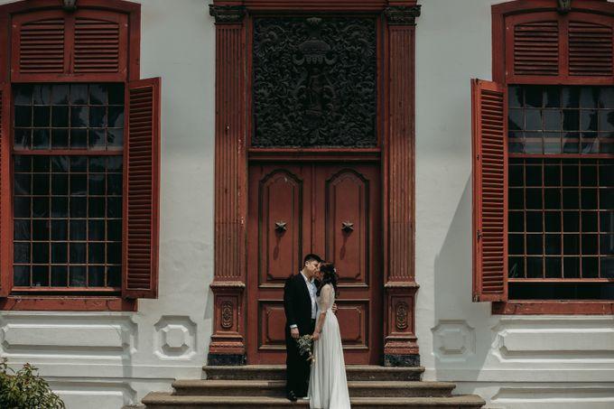 Erika & Steven Prewedding at Gedung Arsip Nasional by AKSA Creative - 013