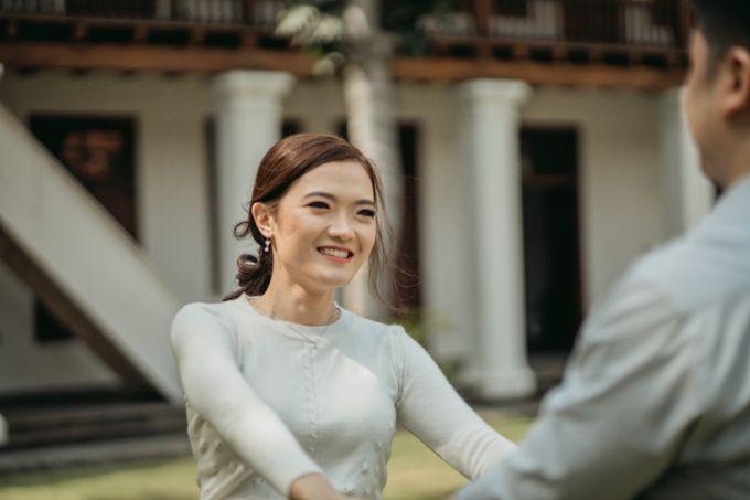 Erika & Steven Prewedding at Gedung Arsip Nasional by AKSA Creative - 042