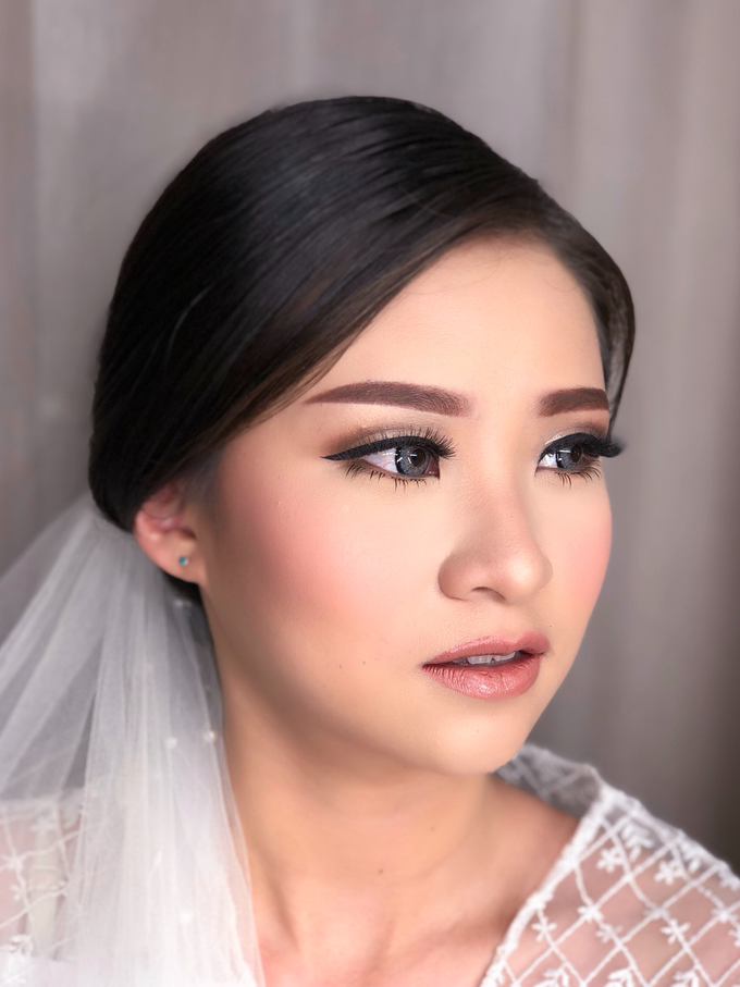 Wedding Look for Ms Meisie by Erliana Lim Makeup Artist - 002