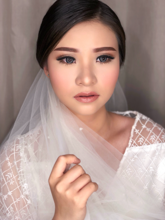 Wedding Look for Ms Meisie by Erliana Lim Makeup Artist - 001