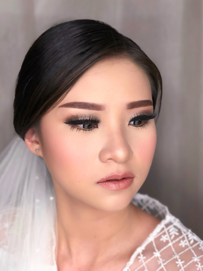 Wedding Look for Ms Meisie by Erliana Lim Makeup Artist - 003