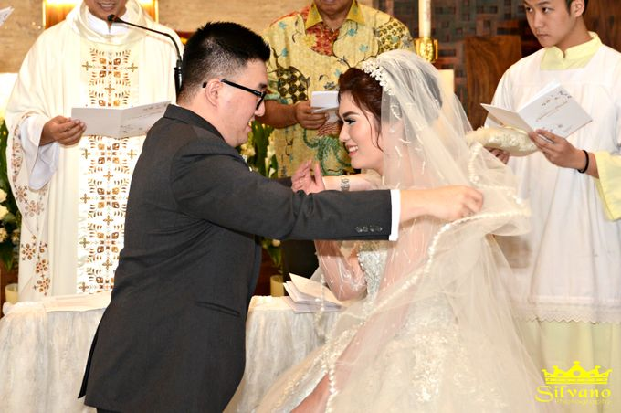 The Royal Wedding of Ermano and Imelda by DONNY LIEM The Make Up Art - 022