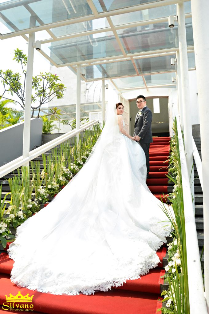 The Royal Wedding of Ermano and Imelda by DONNY LIEM The Make Up Art - 001