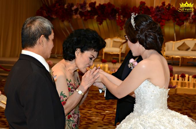 The Royal Wedding of Ermano and Imelda by DONNY LIEM The Make Up Art - 028
