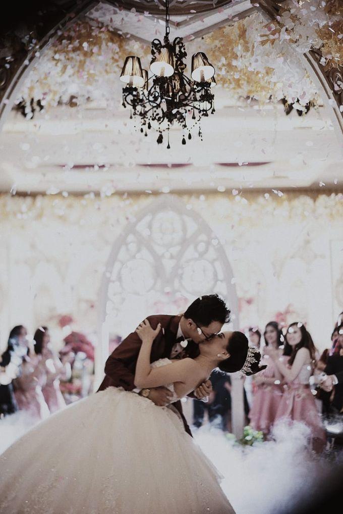 The Wedding of Erwin & Della by PlanMyDay Wedding Organizer - 020