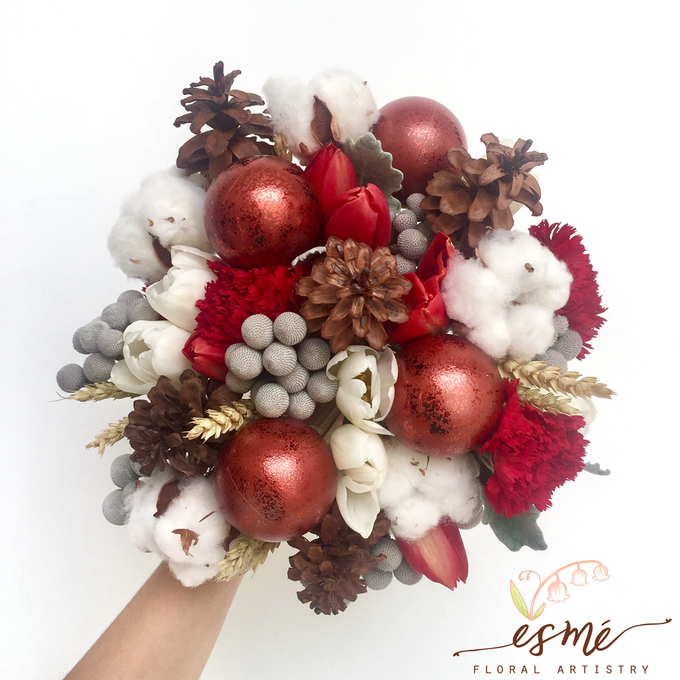 Christmas by Esme Floral Artistry - 002