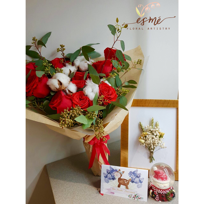 Christmas by Esme Floral Artistry - 005