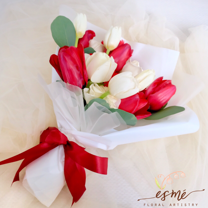 Christmas by Esme Floral Artistry - 006
