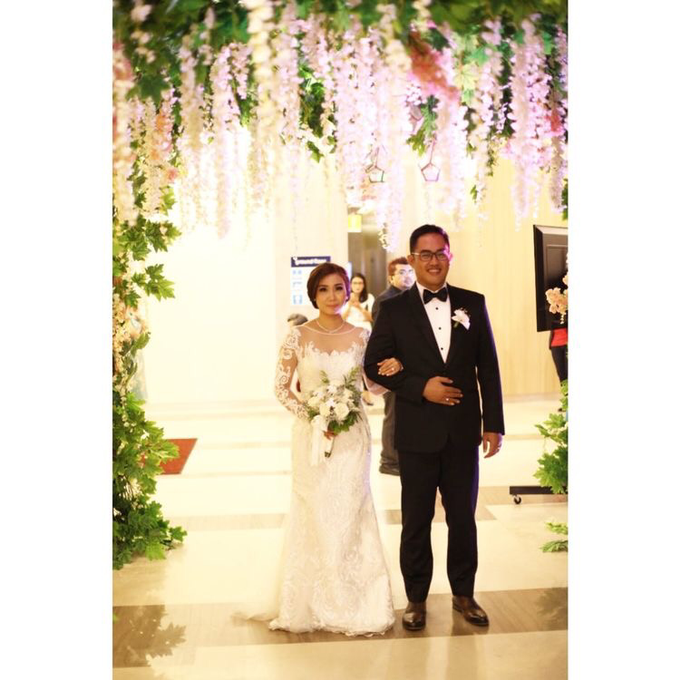 The Wedding of David & Louisa by Priceless Wedding Planner & Organizer - 001