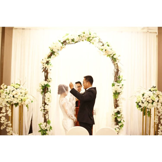 The Wedding of David & Louisa by Priceless Wedding Planner & Organizer - 008