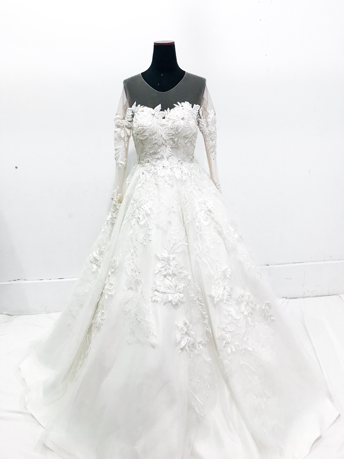 Classic Wedding Gown by Etre Atelier - 001