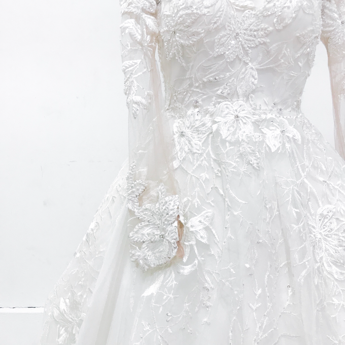 Classic Wedding Gown by Etre Atelier - 002