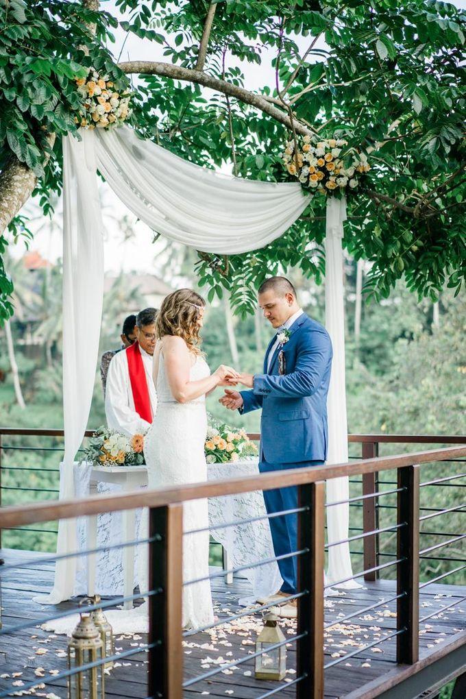 INTIMATE FOREST WEDDING - LAUREN & KAREEM by Kamandalu Ubud - 004