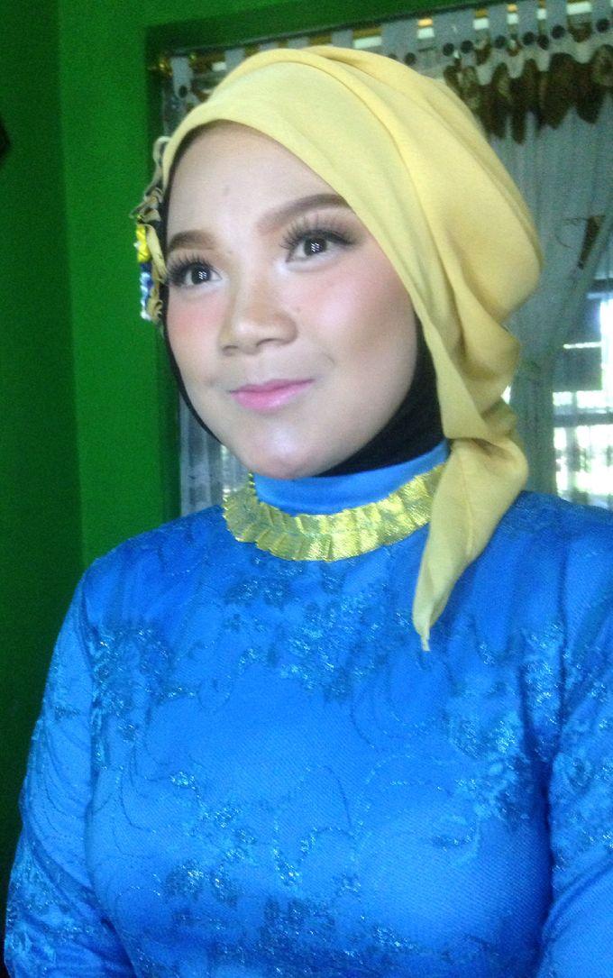 Graduation Makeup by Tiyas Makeup - 022