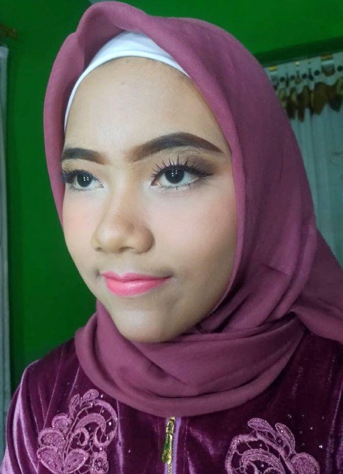 Graduation Makeup by Tiyas Makeup - 037
