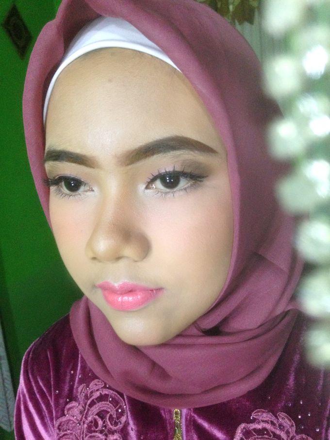 Graduation Makeup by Tiyas Makeup - 035