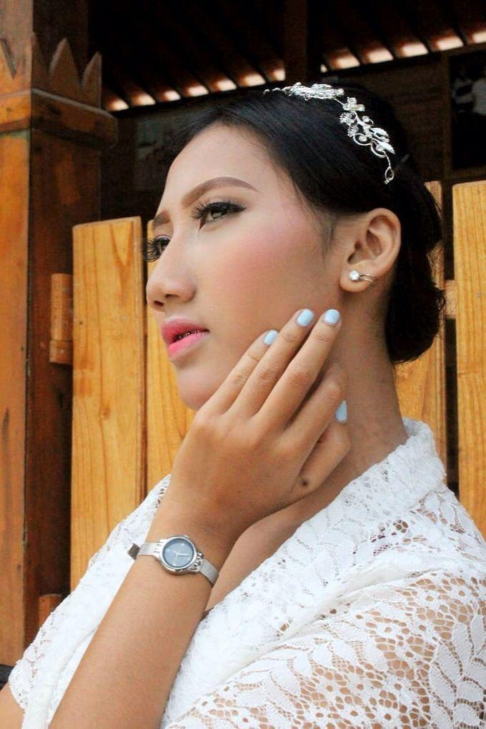 Graduation Makeup by Tiyas Makeup - 026