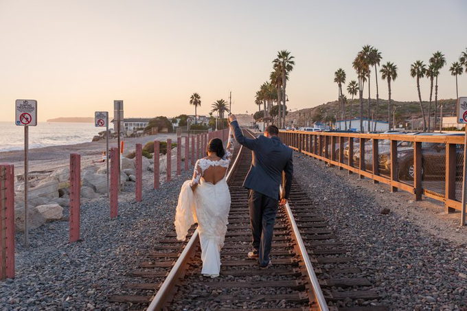 San Diego sunsets with Lucy & Brian  by Explore in Love Adventure Wedding Photography - 005