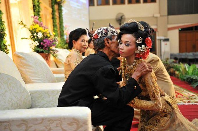 Wedding Andris & Vivi by Charis Production - 020