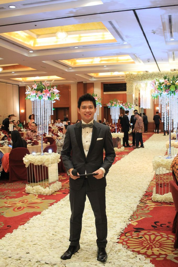 MC Wedding Red Top Hotel Jakarta - Anthony Stevven by Pelangi Cake - 003