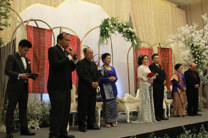 Mc Entertainment Wedding Sheraton Gandaria - Anthony Stevven  with Double V Entertainment Jakarta by Anthony Stevven - 017