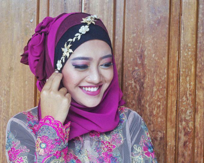 Graduation And Prewedding by Maulani Makeup - 004