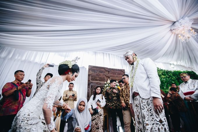 Javanese Wedding Jogja Culture by HR Team Wedding Group - 025