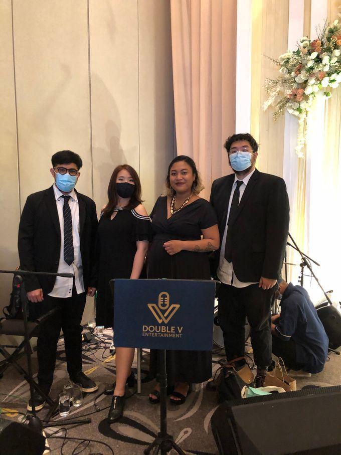 Lounge Jazz wedding band at Double Tree Jakarta by Double V Entertainment by Double V Entertainment - 028