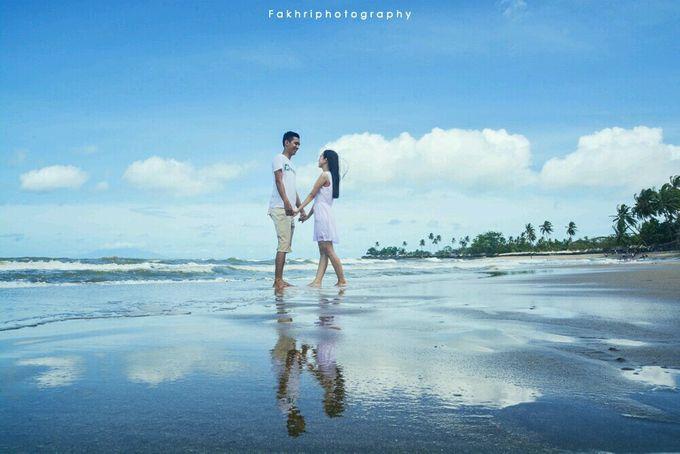 Prewedding Pantai by Fakhri photography - 002
