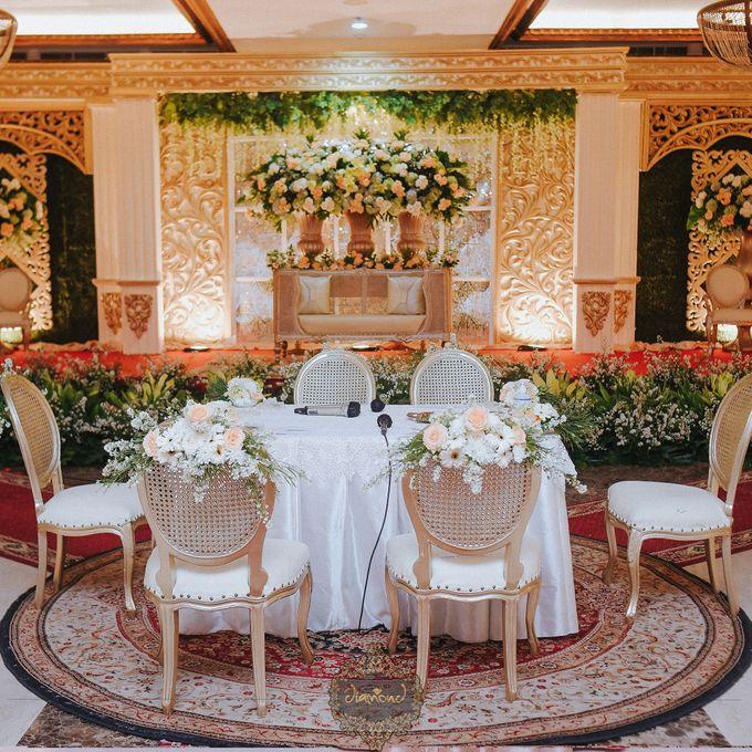 The Wedding of Isa & Bayu by Diamond Weddings - 004