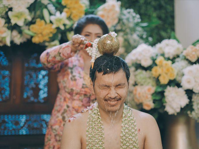 Yayas & Nosa Wedding by Adhyakti Wedding Planner & Organizer - 013