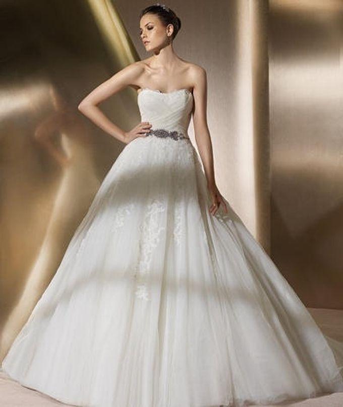 Wedding gown ready stocks by De Reina Bridal - 002