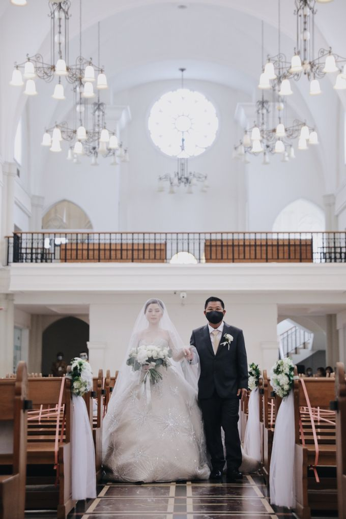 The Wedding of Alvin & Febriyana by Lavene Pictures - 014
