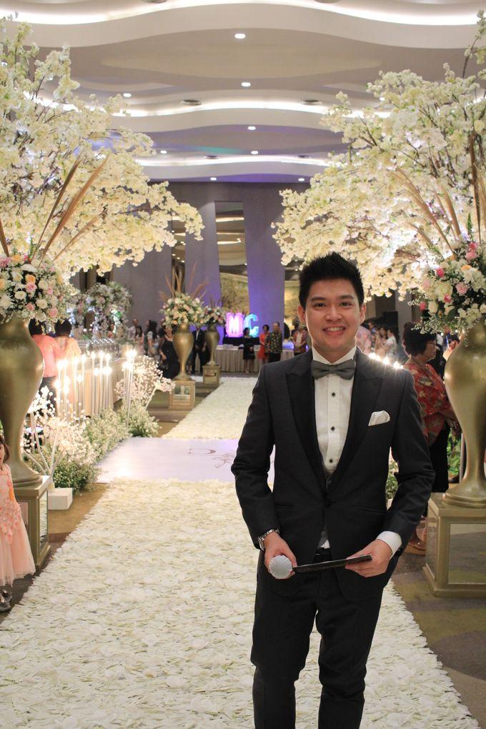 MC Wedding Santika Premier Hayam Wuruk - Anthony Stevven by ENST Couture - 004