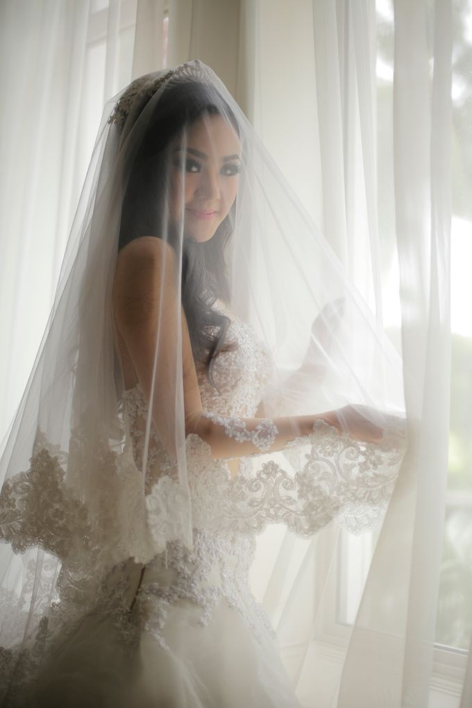 The Wedding Gown of Mee Djin Couture by Meedjin Couture - 001