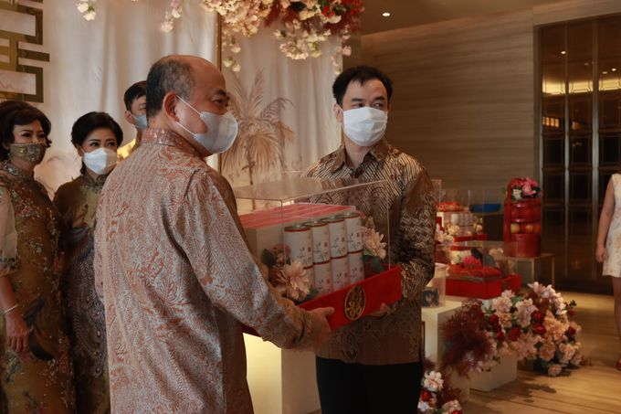 Sangjit House Of Yuen Hotel Fairmont Jakarta - MC Anthony Stevven by NOMA Jewelry & Accessories - 031
