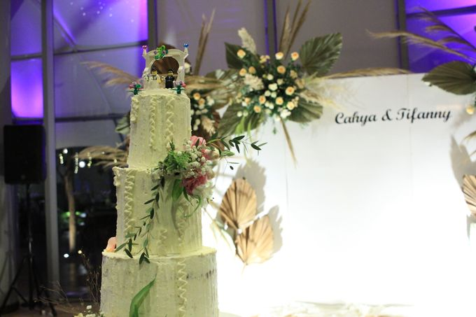 Entertainment Wedding Intimate Double Tree Jakarta - Double V entertainment by Anthony Stevven - 003