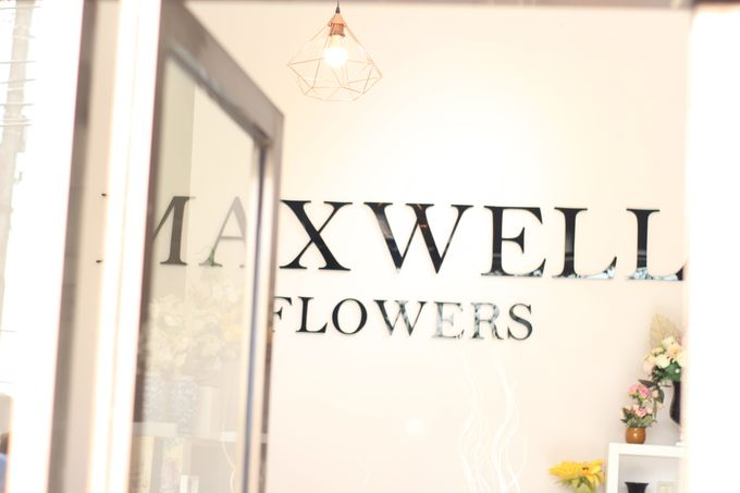 Store by Maxwell Flowers - 002