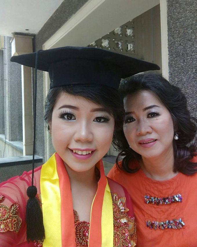 Make Up For Graduation by Maurine Stephanie MUA - 016