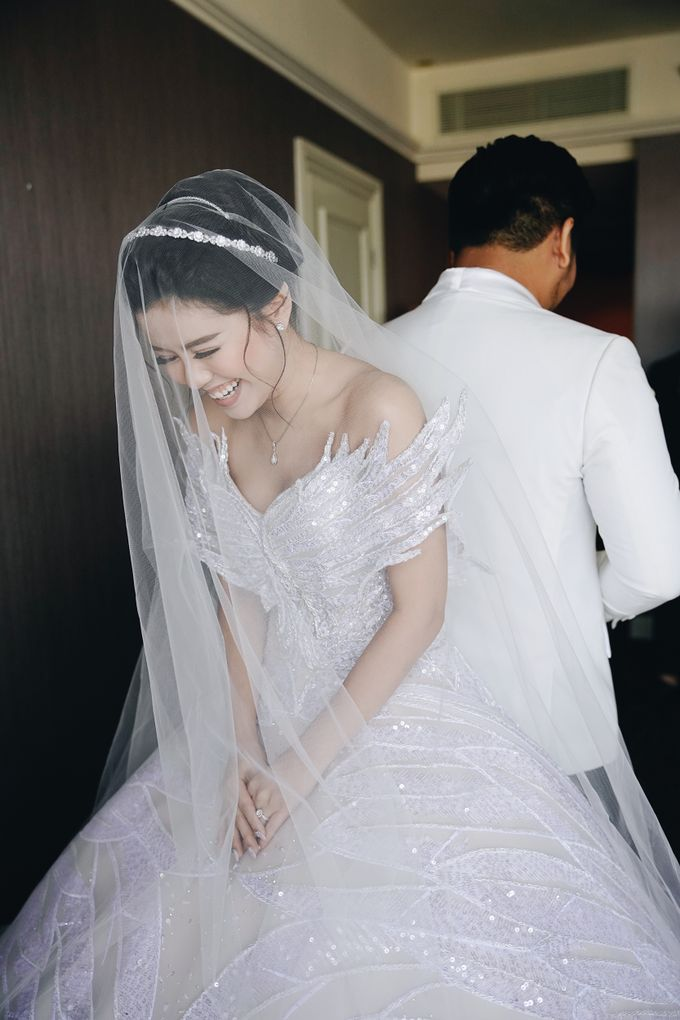 Wedding Day by Dicky - Raven Melisa by DONNY LIEM The Make Up Art - 015