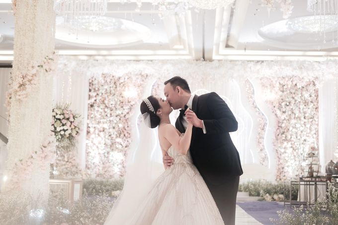 Herry & Yuliana by PRIVATE WEDDING ORGANIZER - 013