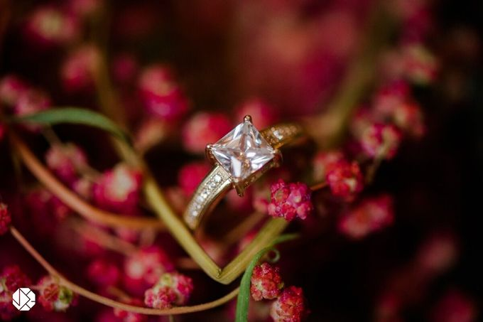 Engagement Rings Fall Bridal Editorial by Ocampo's Fine Jewellery - 003
