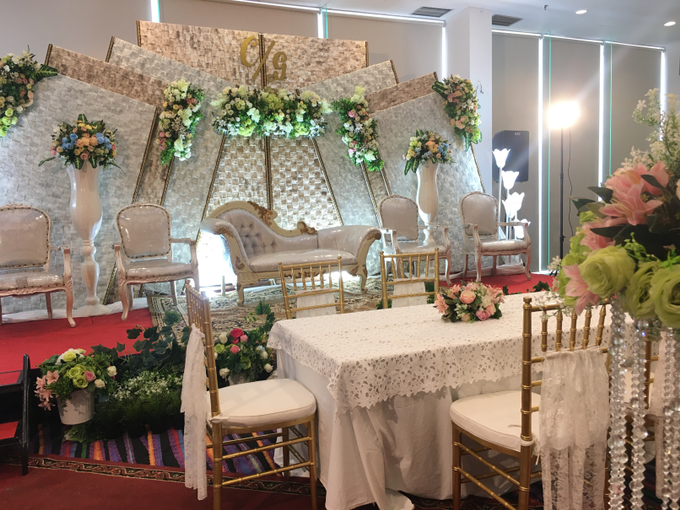 The Wedding of Chreisna & Gyzka by Fame Hotel Gading Serpong - 002