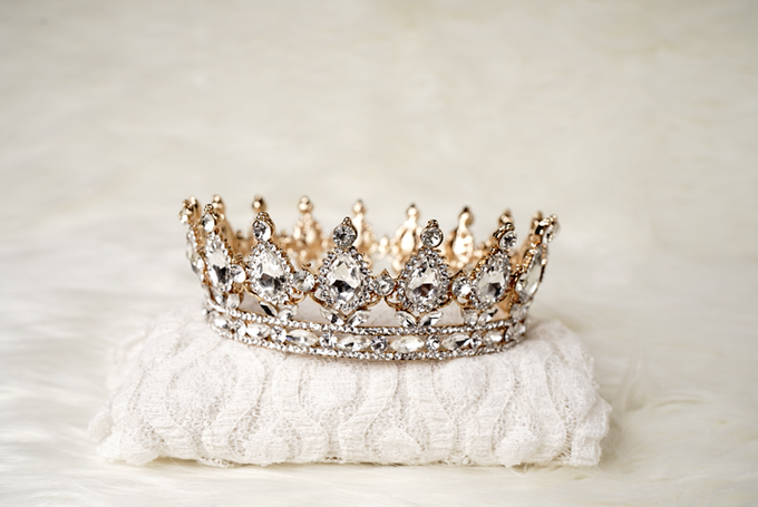 Crown by  'The Signature' by Faye Wedding - 015