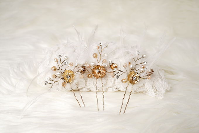 Crown by  'The Signature' by Faye Wedding - 042